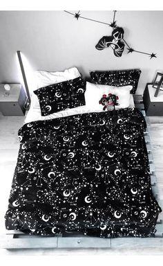 Luxury Bedding & Bedding Sets - Find What You Love Bedroom Comforter Sets, Bedroom Bed, Dream Bedroom, Bedroom Decor, Queen Bedding, Cozy Bed, Contemporary Bedroom, Luxurious Bedrooms, New Room