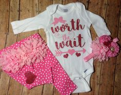 Baby Girl Coming Home Outfit//Personalized от TriedAndTrueDesigns