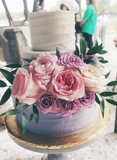 Remarkable Wedding Cake How To Pick The Best One Ideas. Beauteous Finished Wedding Cake How To Pick The Best One Ideas. Amazing Wedding Cakes, Fall Wedding Cakes, Amazing Cakes, Lollipop Cake, Cupcake Cakes, Cupcakes, Pretty Cakes, Beautiful Cakes, Quince Cakes