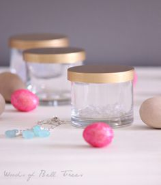 Organizing Earring Backs - lose your earring closures? Keep them corralled, separated and organized with these little containers. Fun jewelry storage.