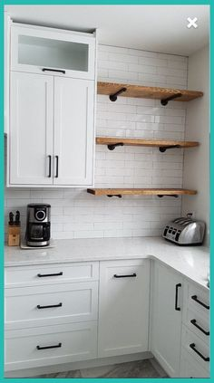 The kitchen that is top-notch white kitchen , modern kitchen , kitchen design ideas! Pipe Shelves, Rustic Shelves, Floating Shelves, Wood Shelf, Glass Shelves, Home Decor Kitchen, Interior Design Living Room, Home Kitchens, Kitchen Ideas