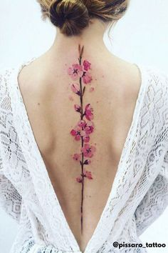 What You Should Know About Spine Tattoos And Ideas To Inspire You | Tattoo Ideas Female - Are you thinking about getting a spine tattoo? They are not the same as back tattoos, as spine tattoos only occupy the length of the backbone. For things to consider before getting inked and a list of inspiring tattoo designs, click here. Self Tattoo | Body Art | Tattoo Ideas | Tattoos | Tattoo Ideas for Men | Tattoos for Women | Back Tattoo Women | Back Tattoos | Back Tattoo Women Spine | Spine Tattoos Pis Saro Tattoo, Juwel Tattoo, Form Tattoo, Tattoo Son, Tattoo Style, Shape Tattoo, Tattoo Quotes, Tattoo Neck, Wrist Tattoo