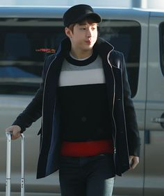 121210 SJM at Incheon Airport (to Malaysia) - Henry