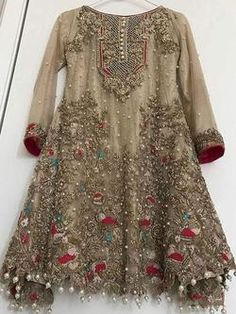 Honordresses is an excellent online clothing store. You will have all the clothes you need at a good price.Welcome to buy, secure payment and fast delivery. Pakistani Party Wear, Pakistani Wedding Outfits, Pakistani Dress Design, Pakistani Dresses, Indian Dresses, Indian Outfits, Stylish Dresses For Girls, Girls Dresses, Simple Dresses