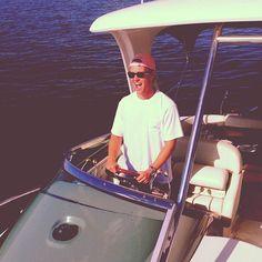 sweetasageorgiapeach: nikotaughtme: Lake Texoma, TX Hey let's get married Southern Gentleman, Preppy Southern, Southern Belle, Southern Prep, Southern Charm, Lake Texoma, Preppy Handbook, Preppy Boys, Prep Life