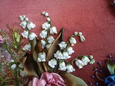 Embroidery Stitches Embroidery Designs By Juju Silk Ribbon Embroidery, Crewel Embroidery, Embroidery Designs, Ribbon Art, Diy Ribbon, Ribbon Rose, Ribon Flowers, Collage, Textiles