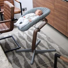 EvoMove Nomi Highchair Review