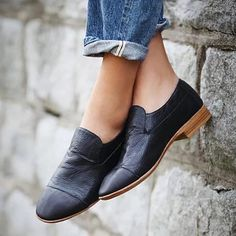 a great pair of loafers. jeffrey campbell loafer slip on Heeled Loafers, Loafer Shoes, Women's Shoes, Me Too Shoes, Shoe Boots, Flat Shoes, Strappy Shoes, Women's Flats, Oxfords