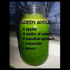 Food & Fabric: Green Apple Juice Cleanse