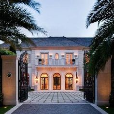 Luxury Palm Beach Mansion