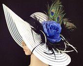Blanc Kentucky Derby chapeau à large bord de plumes de paon, Robe Hat, white Hat, course de chevaux femmes robe chapeau mariage Tea Party Ascot
