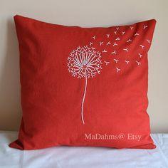 Funda de almohada de diente de León naranja rojo por MaDahms