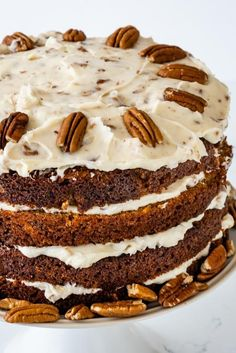 Carrot Cake completely from scratch is easier than you think! Make a carrot cake layer cake with toasted pecan cream cheese frosting. This cake is moist, perfect and full of carrot flavor. Sunday Recipes, Easter Recipes, Easy Cake Recipes, Dessert Recipes, Brunch Recipes, Easter Cake Easy, Tout Est Possible, Desserts Ostern, Best Carrot Cake