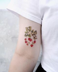 34 Black Wildflower Tattoo Ideas for Women In 2020 - Which one of the most popular wildflower tattoos have you found? In the world we live in, there are - Pretty Tattoos, Love Tattoos, Sexy Tattoos, Beautiful Tattoos, Body Art Tattoos, Tattoos For Women, Tatoos, Sister Tattoos, Mini Tattoos