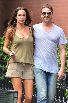 Gerard Butler has split with girlfriend Morgan Brown after he couldnt deal with women throwing themselves at him Gerard Butler Morgan Brown, Pablo Schreiber, Hollywood Men, Hollywood Actresses, Good Looking Actors, Beautiful Men Faces, Royal Babies, James Mcavoy, Liam Hemsworth