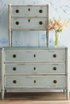 A picture of French allure, this antique-inspired chest exudes 18th-century refinement with a patinated dovetail façade, brass-ring handles and cast escutcheons. Natural finish inside each of the three spacious wooden drawers. Finished with fluted column legs and tapered arrow feet for top-to-bottom beauty. Painting Wooden Furniture, Painted Bedroom Furniture, Apartment Furniture, Refurbished Furniture, Ikea Furniture, Colorful Furniture, Upcycled Furniture, Shabby Chic Furniture, Furniture Projects