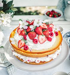 Erdbeer-Käsekuchen – super simpel! Cheesecakes, Cake Cookies, Panna Cotta, Food And Drink, Sweets, Candy, Meals, Baking, Ethnic Recipes
