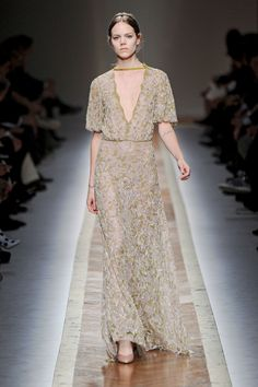 Valentino Fall 2011 Ready-to-Wear collection by Maria Grazia Chiuri and Pier Paolo Piccioli