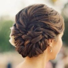 Beautiful braided up do!