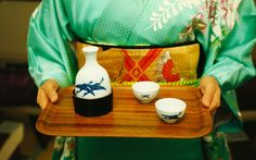 Whether you're traveling in Tokyo or out for Japanese food, it can be hard to navigate a sake menu. T+L spoke to sake sommelier Yasuyuki Suzuki for some tips on how to order sake like a pro. Japan Tourism, Travel And Leisure, Japanese Food, Crafts To Make, Canning, Tips, Tokyo, Traveling, Cocktails