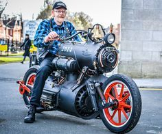 Dutch engineers Revatu Customs recently built a steam powered motorcycle and named it The Black Pearl. It works the same way that a steam powered locomotive does and it looks really cool. Triumph Motorcycles, Custom Motorcycles, Custom Bikes, Cars And Motorcycles, Custom Choppers, Standard Motorcycles, Custom Cycles, Custom Bobber, West Coast Choppers