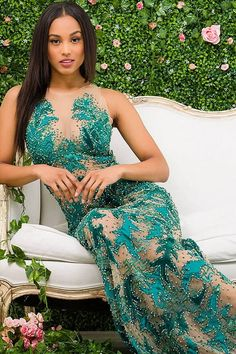 Gorgeous floor length form fitting green embellished couture dress with nude underlay features sleeveless bodice with sheer neckline. Couture Dresses Gowns, Jovani Dresses, Prom Dresses, Formal Dresses, High End Fashion, Sheer Fabrics, Sheer Dress, Dress Collection, Designer Dresses