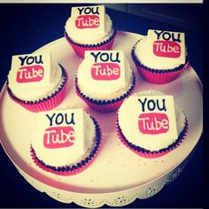 YouTube cupcakes from Rosanna Pansino from nerdy nummies!