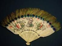 Vintage China Trade Hand Fan (goose and Peacock Feathers) I know how belly dancers love fans!