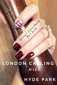 Feeling fall with this deep red, burgundy nail polish! Color Street London Calling with an accent nail of Hyde Park! Click the photo to shop these gorgeous styles and more! #NailswithanAccent