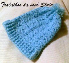 Trabalhos da vovó Sônia: Gorro para bebe tijolinho atravessado azul - croch...