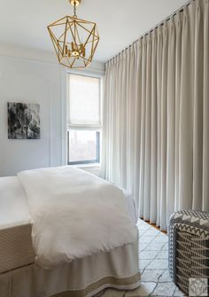 Before and After: Small Space Living Ideas – Dana Wolter Interiors - Modern Small Space Bedroom, Small Space Living, Small Rooms, Small Lounge, Lounge Decor, Cozy Room, Decorating Small Spaces, Apartment Living, Bedroom Decor
