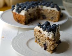 Frosted blueberry cake (vegan)