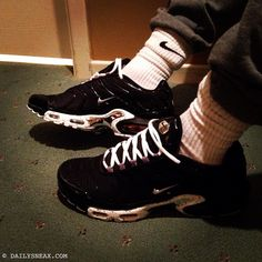c34985ba016 Hanging out in my new Nike Air Max Plus TNs Tuned 1. I like the