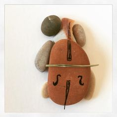 Stone Crafts, Rock Crafts, Arts And Crafts, Pebble Art Family, Clay Wall Art, Rock Sculpture, Palette Art, Posca Art, Pebble Pictures