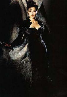 Xenia Zaragevna Onatopp - Famke Janssen - James Bond 007 - Goldeneye 1995