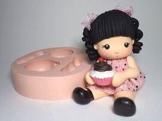Molde de silicone Boneca Fofa 3D, Sueli Ribas, forminhas podem ser usadas para biscuit, sabonetes,resina, velas e gesso, lembrancinhas, potes, latas, imãs, enfeites, chaveiros, etc.