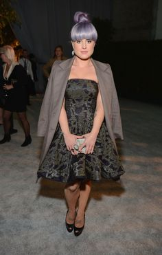 At The Art of Elysium's Heaven gala, Kelly Osbourne joins the ladylike club with this strapless A-line dress. Not even her more menswear-inspired blazer can Kelly Osbourne, Celebrity Style Inspiration, Retro Hairstyles, Celebs, Celebrities, Party Fashion, Alternative Fashion, Plus Size Fashion, Beautiful People