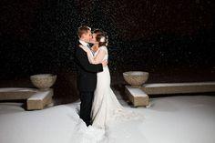 Love winter weddings!