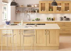 + 36 To consider For Nature Wood kitchen Series - nyamanhome Natural Wood Kitchen Cabinets, Shaker Style Kitchen Cabinets, Light Wood Kitchens, Shaker Style Kitchens, Kitchen Cabinet Styles, Custom Kitchen Cabinets, Kitchen Redo, Home Decor Kitchen, Home Kitchens