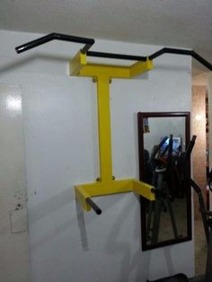 barras paralelas (incluye sistema de instalacion) #Ejercicio Home Made Gym, Diy Home Gym, Gym Room At Home, Homemade Gym Equipment, Home Workout Equipment, Calisthenics Equipment, Home Gym Garage, Indoor Gym, Gym Machines