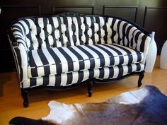 Stripey Vintage Couch. I absolutely love this.