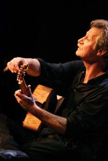 Alex De Grassi - wonder guitar music.  So soothing.