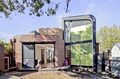 Abbotsford Residence by Chan Architecture http://www.homeadore.com/2012/12/18/abbotsford-residence-chan-architecture/