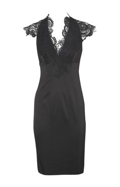 would like to try this on to see how it fits - in another color would maybe make a nice dress for the wedding!