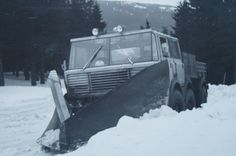Tatra 813 TP 6x6 Central Europe, Cool Trucks, Car Ins, Czech Republic, Motor Car, Cars And Motorcycles, Techno, Automobile, Snow