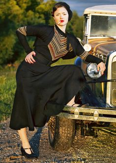 """""""Bonnie Parker"""" ~ I want everything she's wearing! 1930s, I love ya."""