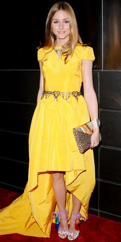Olivia Palermo brightened up the room in a marigold Katie Ermilio design that she accented with a jeweled Zara belt, vintage necklace, colorful Jimmy Choo sandals and the labels clutch at the New Yorkers For Children Spring Dinner Dance. Estilo Olivia Palermo, Fashion Mode, London Fashion, Street Fashion, Fashion Forms, India Fashion, Mellow Yellow, Bright Yellow, Red Carpet Fashion