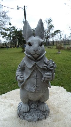 WONDERLAND WHITE RABBIT BUNNY WITH BOUQUET STATUE - GRAY CEMENT ANTIQUED WHITE