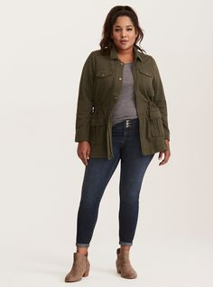Fall Outfits Plus Size Utility Jacket - Plus Size Fall Outfit - Plus Size Fashion for Women Hipster Grunge, Grunge Style, Soft Grunge, Grunge Outfits, Curvy Outfits, Fall Outfits, Casual Outfits, Casual Wear, Tokyo Street Fashion