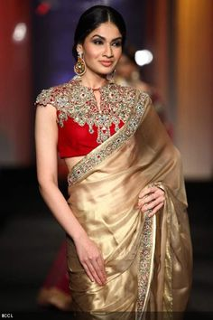 cap sleeve blouse with gold saree for maid of honor, Indian wedding